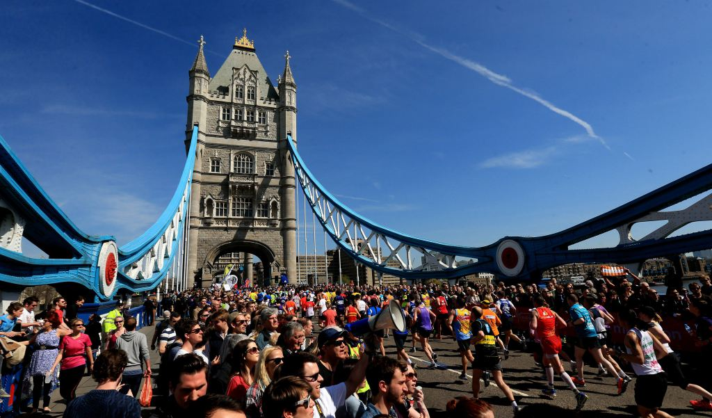London marathon, Tower Bridge